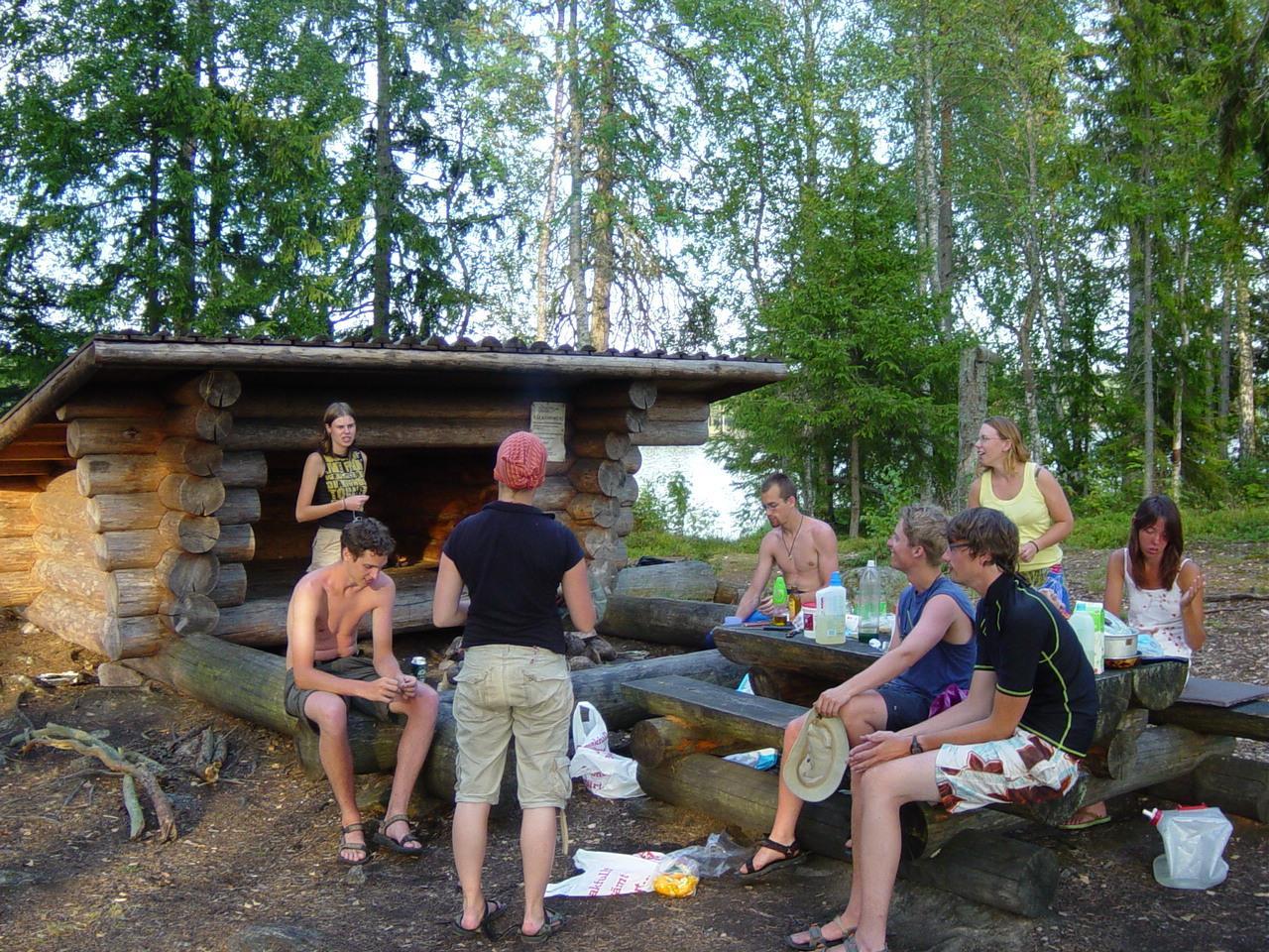 15 Een shelter dat je overal in Scandinavië tegen komt (Bas Wetter)