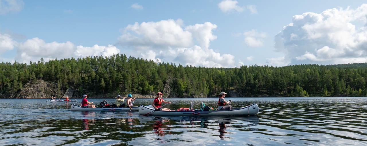 Kano in juli 12 dagen met ons mee over de Zweedse Harkan rivier en de tussenliggende meren (Bas Wetter)